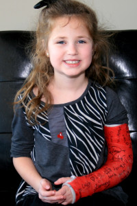 young girl with an arm cast needed emergency service